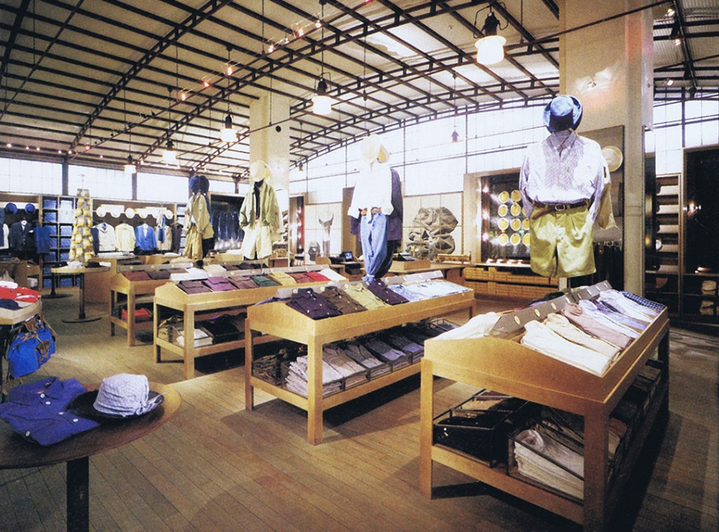 A|X Armani Exchange Interior